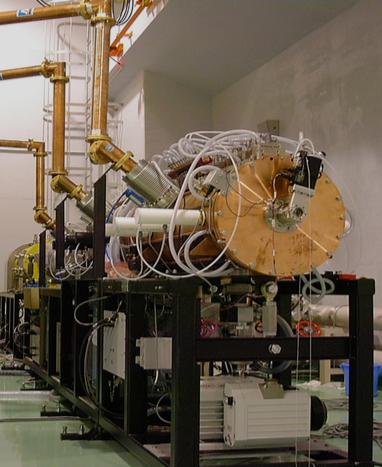 11MeV 負水素イオンビーム線形加速器